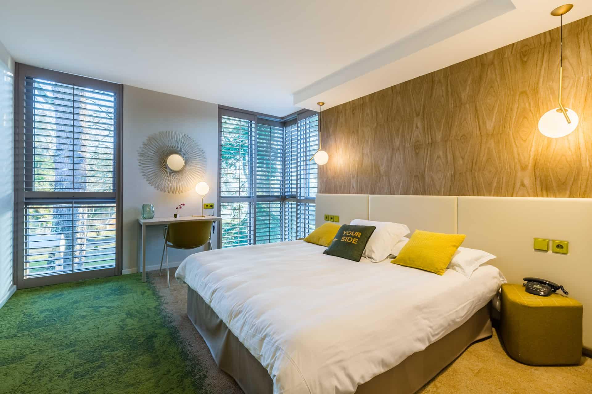 hotel ch teau de la tour 33410 beguey cadillac. Black Bedroom Furniture Sets. Home Design Ideas